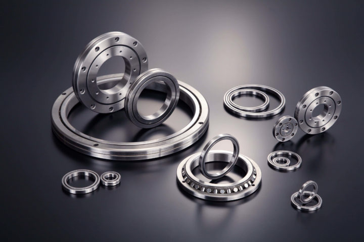 Industrial Robots Demand Versatile Crossed Roller Bearings
